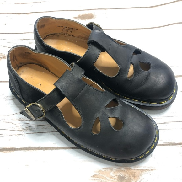 Dr. Martens Shoes - Doc Martens Black T-Strap Mary Janes. Size 4